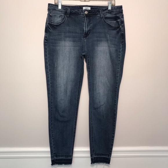 Kensie Denim - Kensie Stretchy Skinny Jeans Distressed Fray Hems